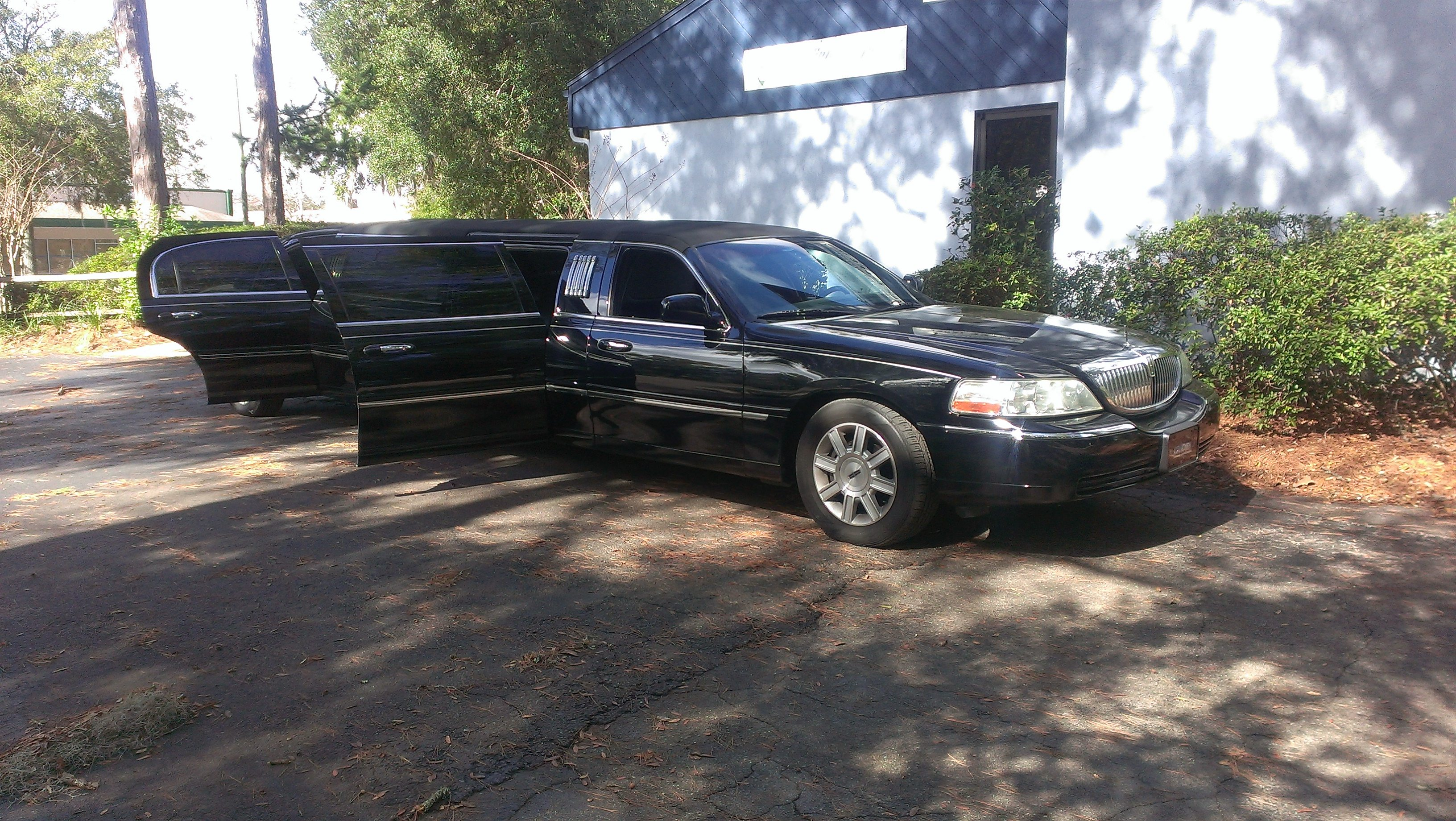 black limo 2