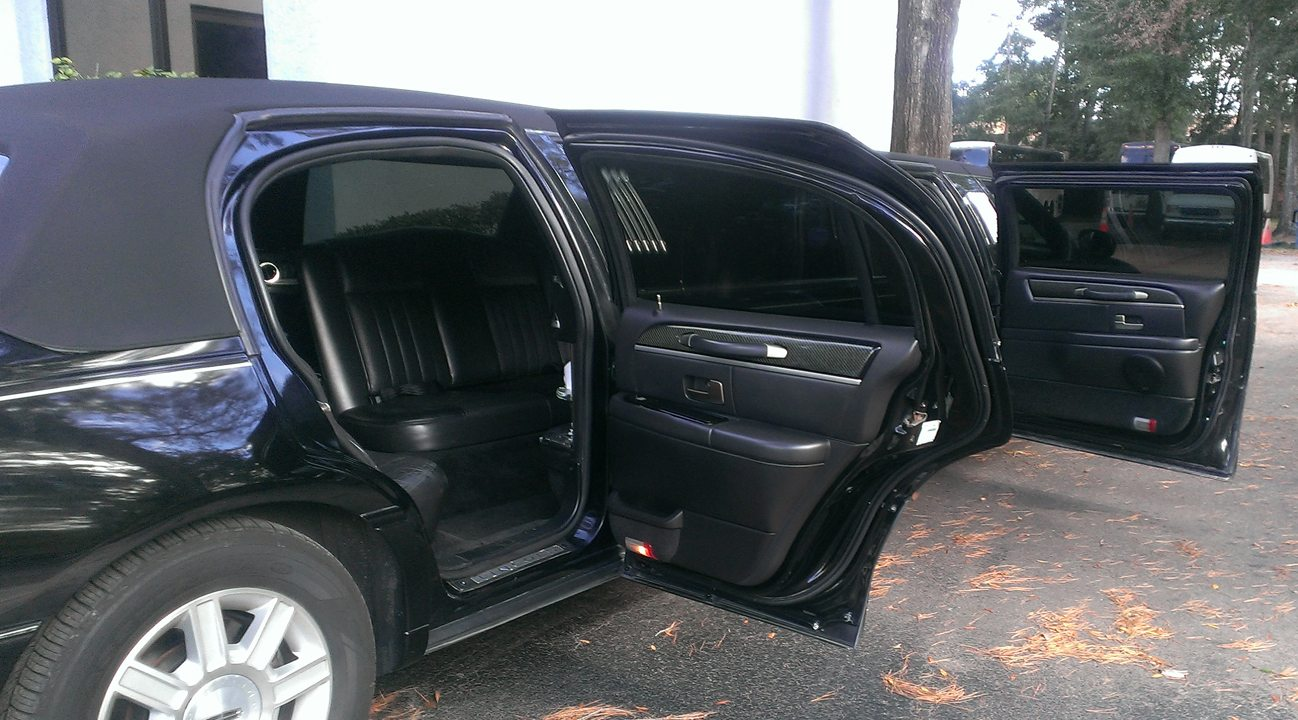 black limo 3